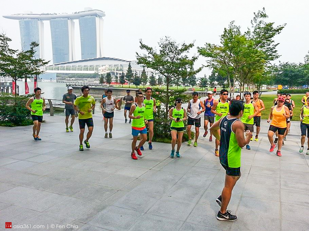 The running clinic ended off with a training run along the scenic Marina Promenade.