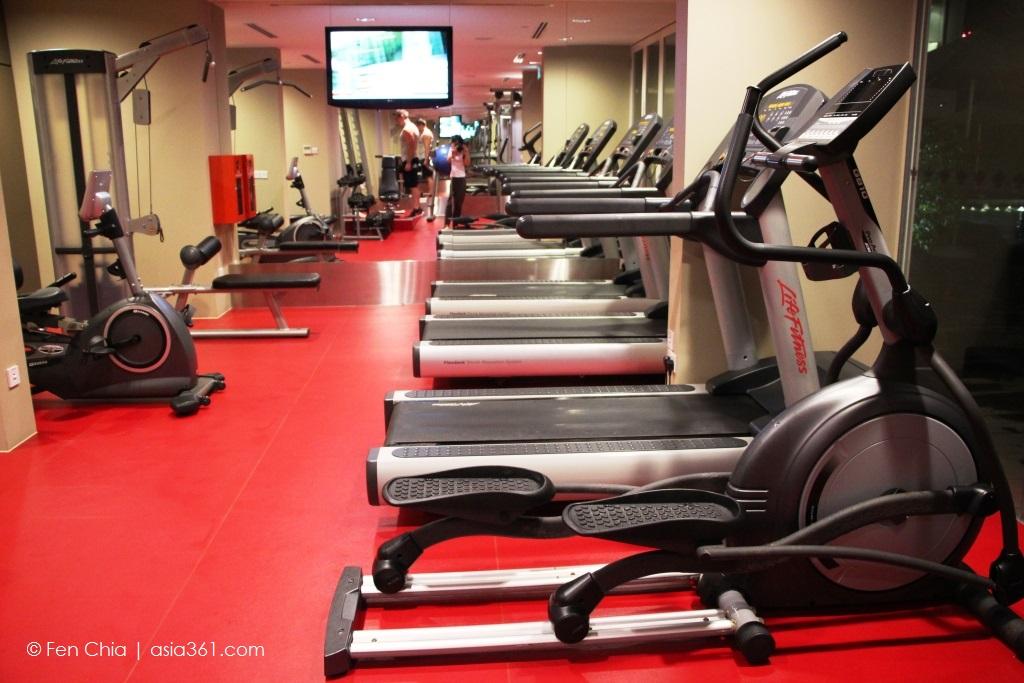 Park Regis gym