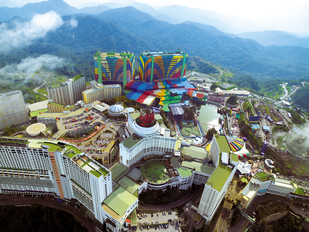 http://asia361.com/wp-content/uploads/2015/09/genting-aerial-view.jpg