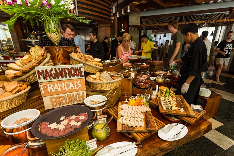 Champagne brunch at Cut Catch Cucina. Photo © Katherine Goh.