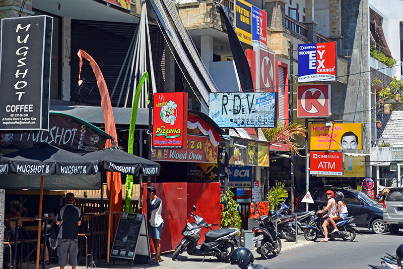 The streets of Seminyak. Photo © NigelSpiers | Shutterstock
