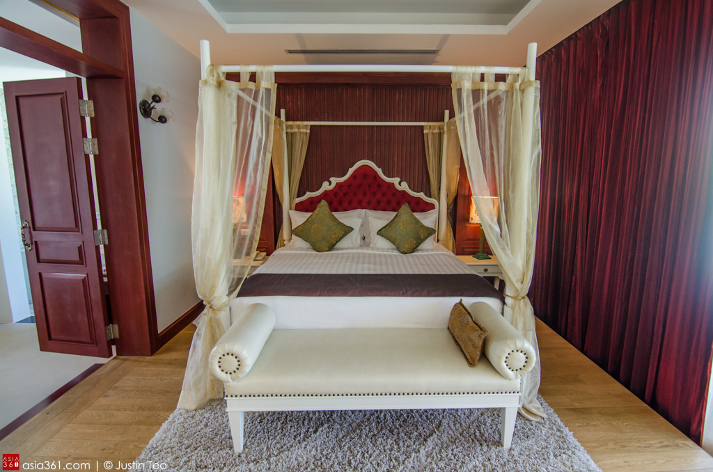 Four-poster bed at the Deluxe Suite with Private Pool.