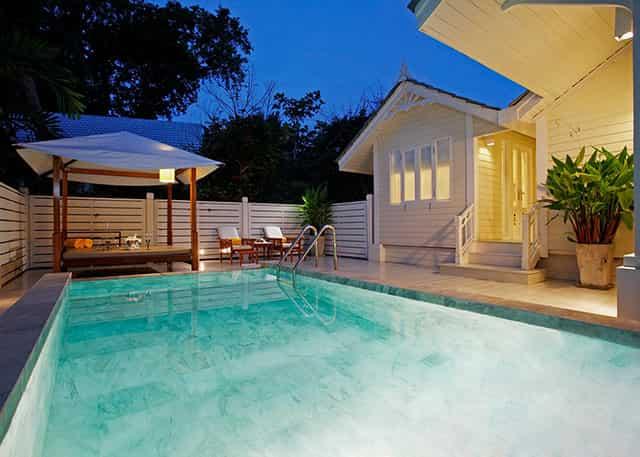 huahin-premium-deluxe-pool-villa-640x457