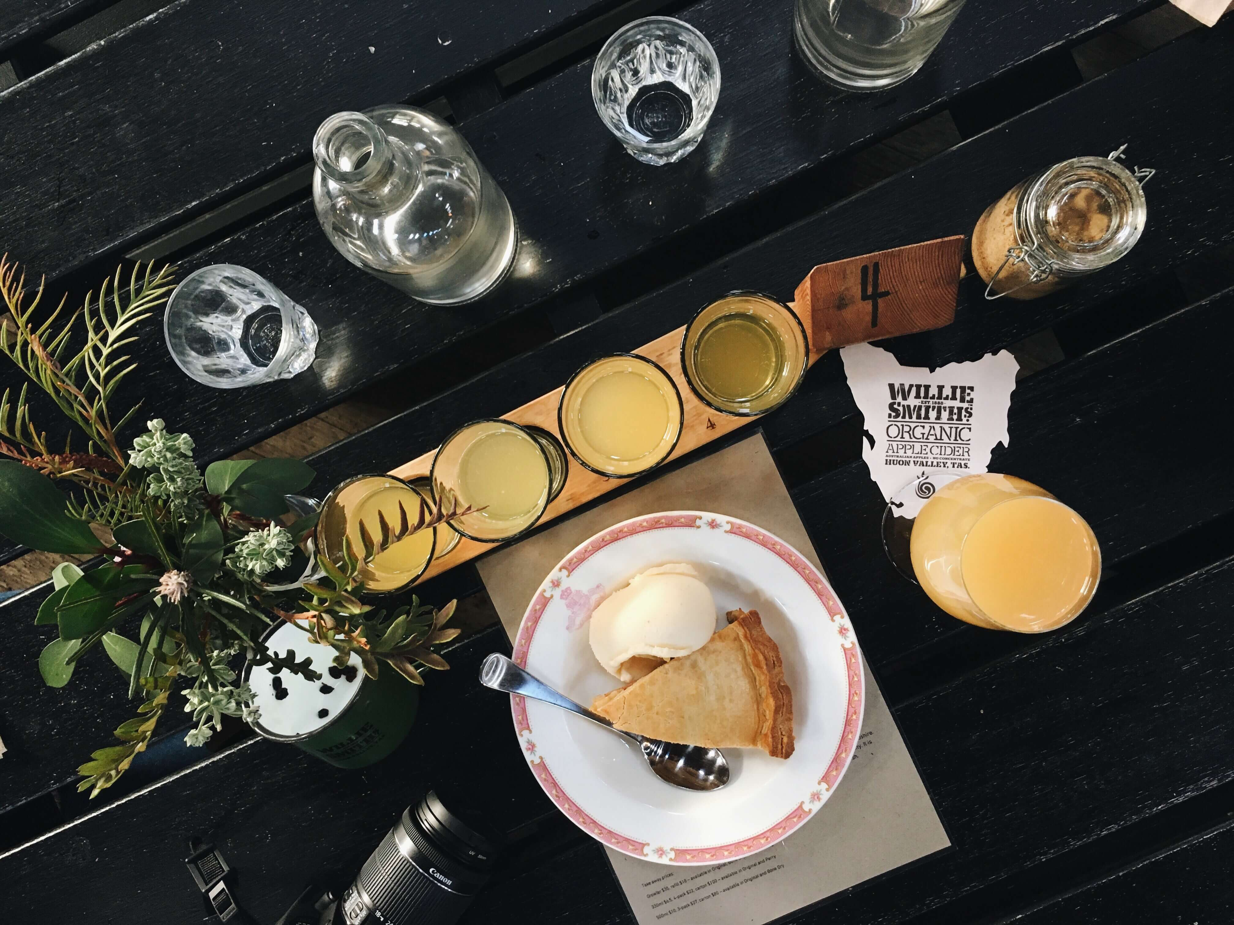 A pity the famous apple crumble was sold out by then we got there! Nevertheless, their apple pie and cider tasting paddle with different levels of dryness did a pretty job at consoling us.