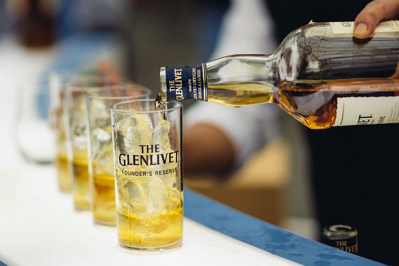 ผลการค้นหารูปภาพสำหรับ The Glenlivet Founder's Reserve