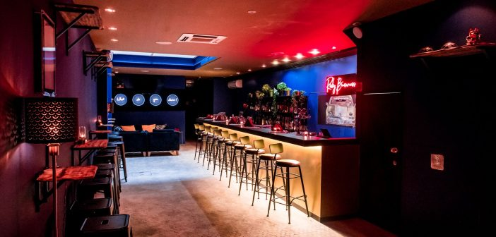 Risky Business – A Bar Inspired by Tom Cruise