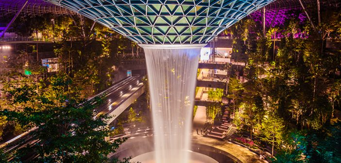 Top 8 Gems of Jewel Changi Airport You Must Check Out