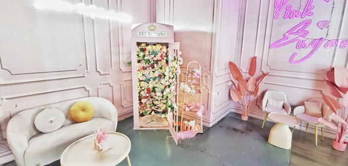 A Beautiful Day Cafe is Pretty in Pink With Its Floral-Themed Decor and Food